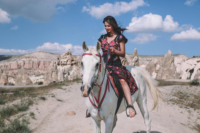 horse-riding-tour-cappadocia