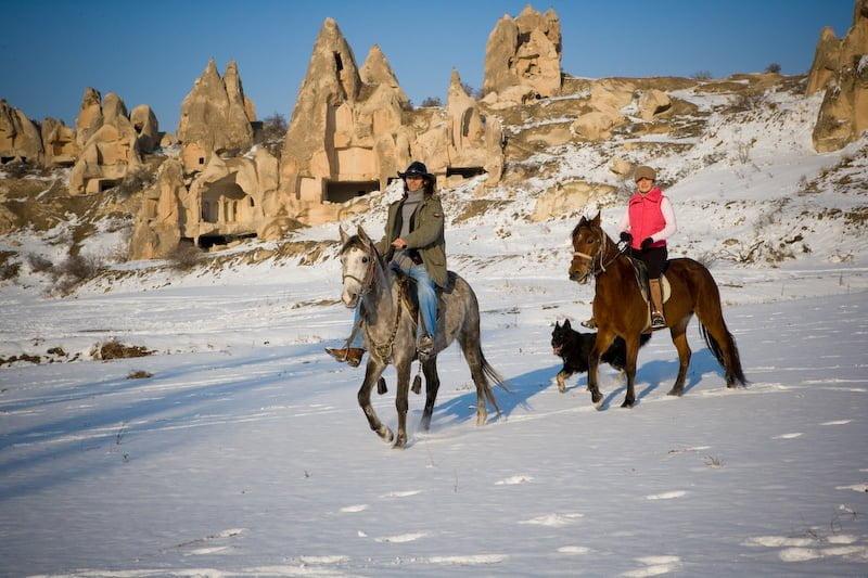 horse-ridingt-tours-cappadocia
