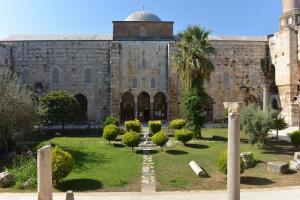 isa-bey-mosque